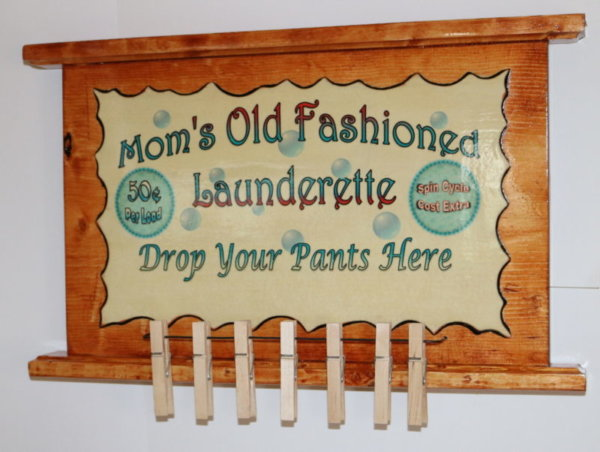 Moms OF laundry 17x10 A